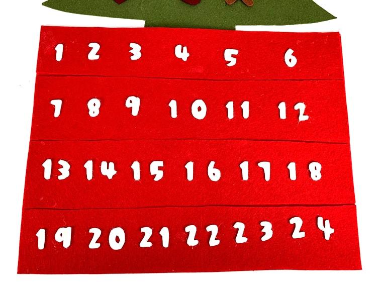 adorno de navidad calendario de adviento hecho con fieltro