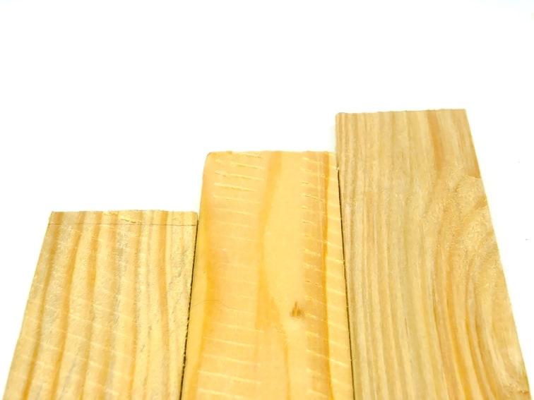 listones de madera reciclada