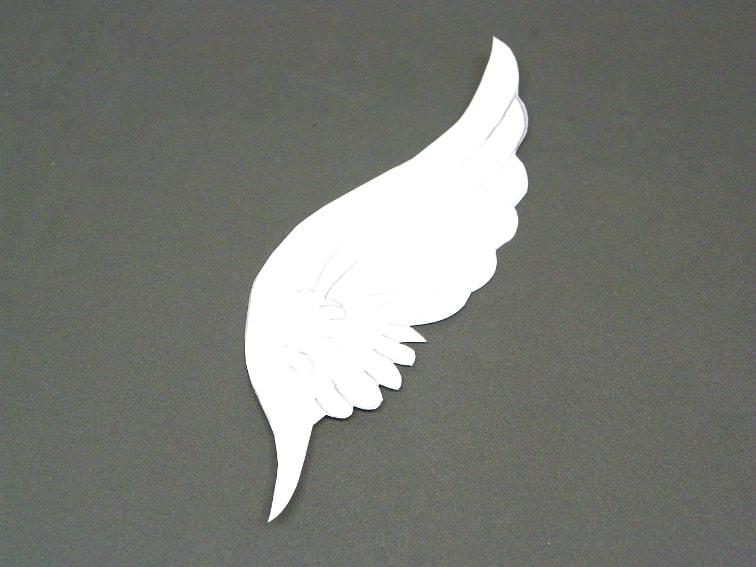 plantilla de papel de un ala del casco de thor