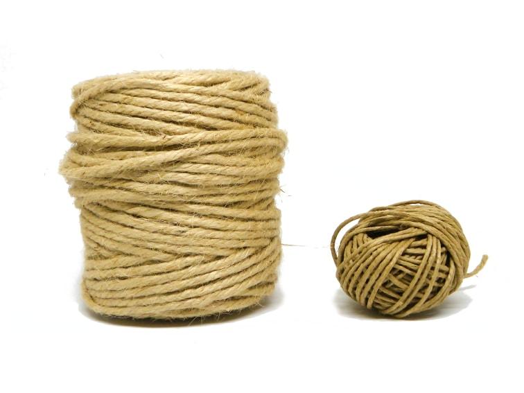 cuerda de fibras naturales de yute de distintos grosores