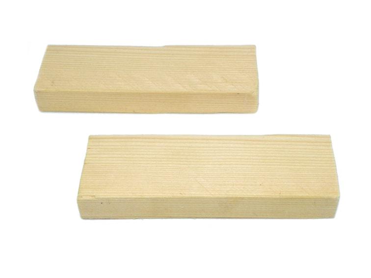 listones de madera reciclada de un pale para hacer portalapices plegable