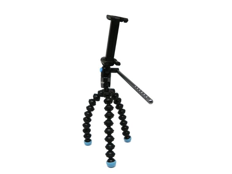 vista completa del tripode joby griptight gorillapod magnetico con el accesorio para telefono movil