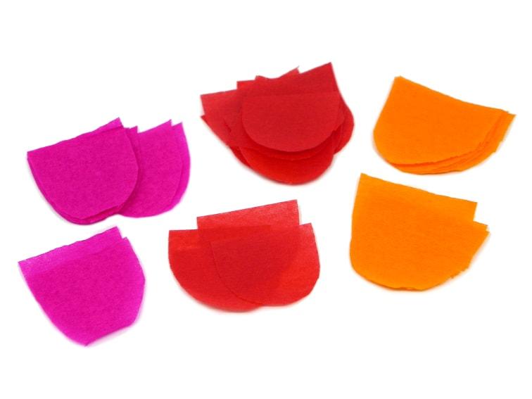escamas hechas con papel crespon y papel de seda para hacer bandera koinobori