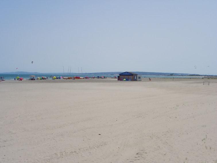 playa del tamarit y zona recreativa santa pola