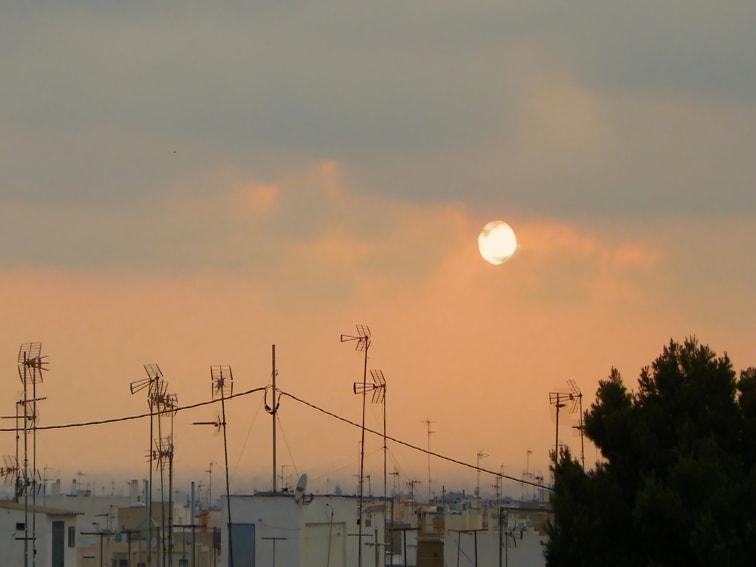 puesta de sol vista desde el calvario santa pola