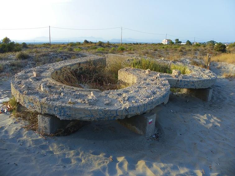 nido de ametralladoras en la playa de la gola santa pola