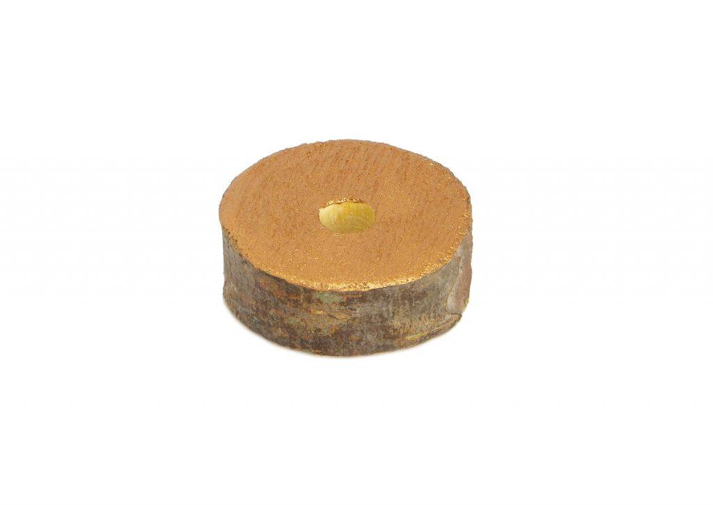 rodaja de madera de pino pintada de cobre metalizado para hacer portallaves