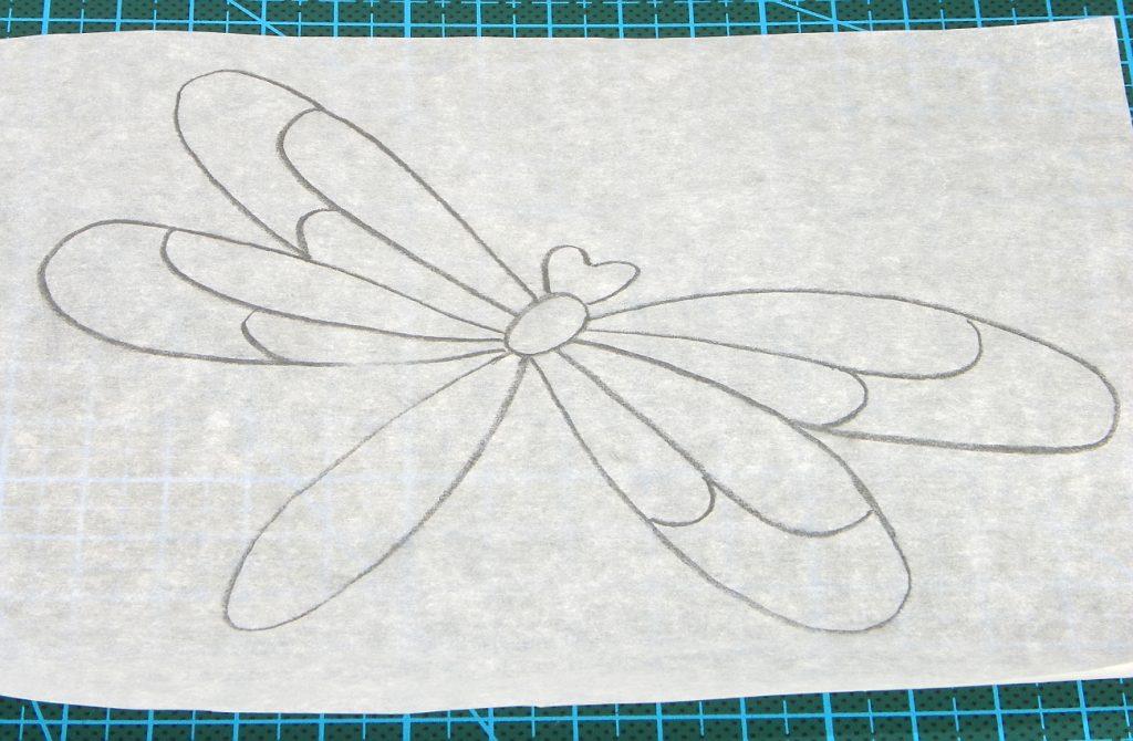 dibujo de una libelula en plantilla de papel