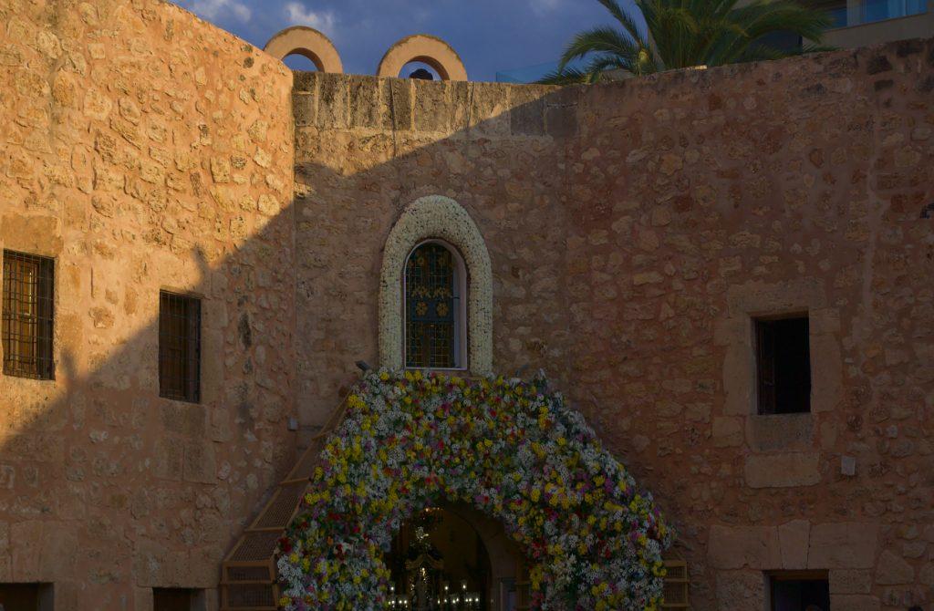 capilla virgen del loreto en el interior del castillo fortaleza de santa pola