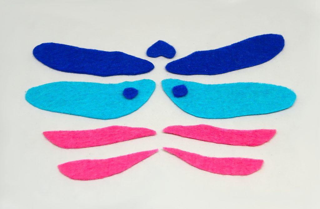 dos pares de alas de la libelula hechas con fieltro de colores