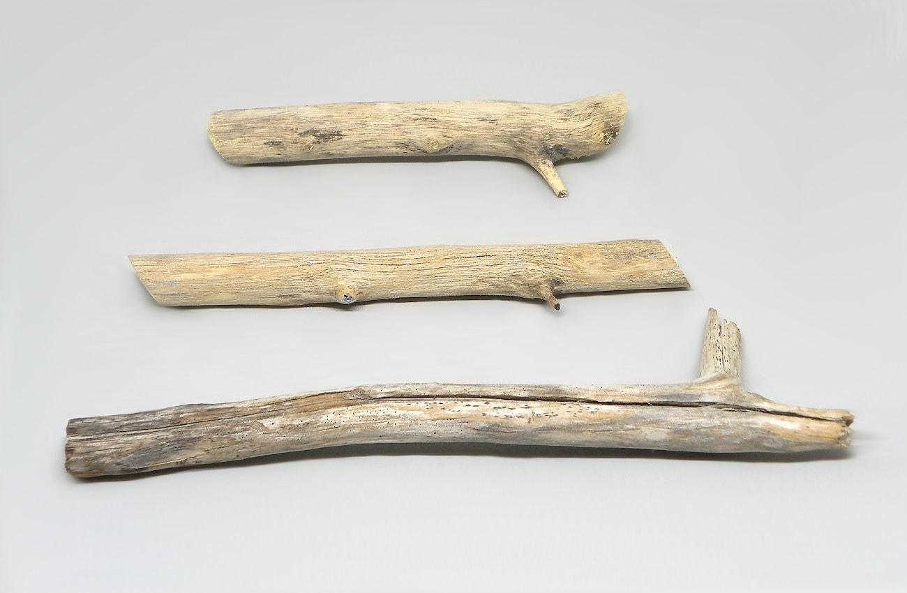 tres ramas secas para hacer movil de viento